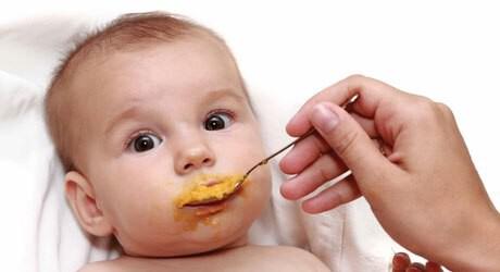 Baby schmeckt Beikost
