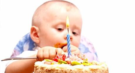 Feierlichkeiten mit Baby