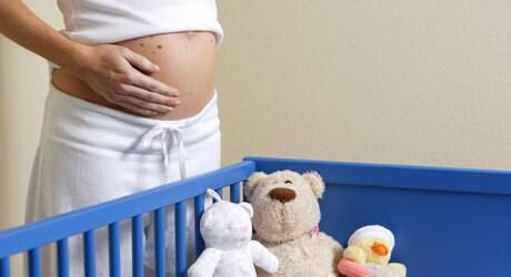 Im Trimester 2 einer Schwangerschaft erfährt man das Geschlecht vom Baby