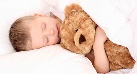 Tipps zum Durchschlafen beim Baby