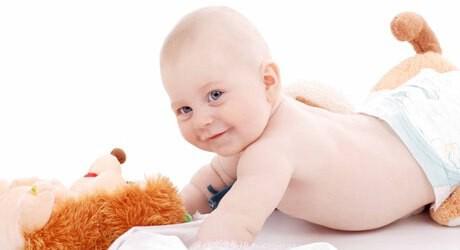 Kind mit 17 Monaten