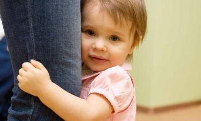 Gelassenheit in der Erziehung von einem Baby ist wichtig