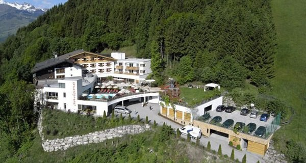 Das Familotel amiamo in Zell am See ist ein Kinderhotel mit großem Angebot für Babys