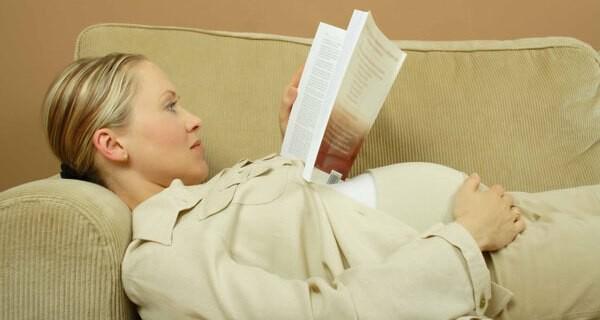 Ab wann man Babys aus Büchern vorlesen sollte