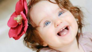 Baby Entwicklung Monat 9
