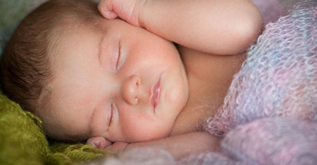 Verklebte Augen bei Babys