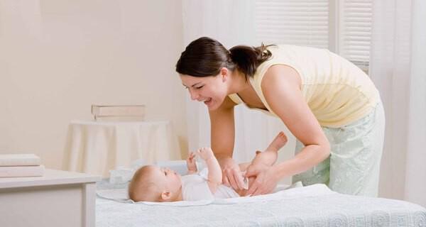 Was kann man bei Windeldermatitis bei Baby und Kind tun