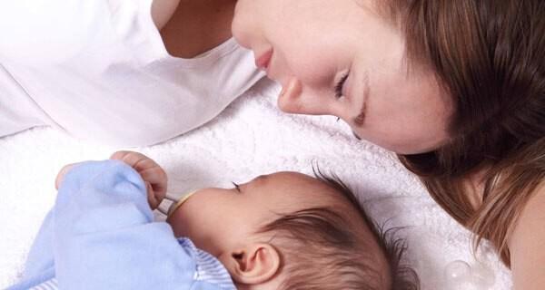Dem Baby durchschlafen lernen