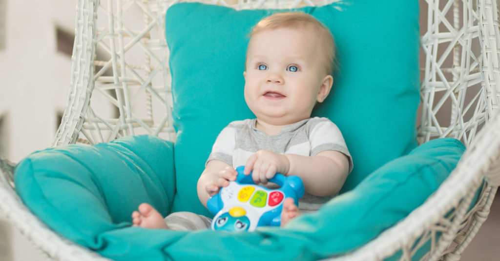 Baby Entwicklung Monat 10