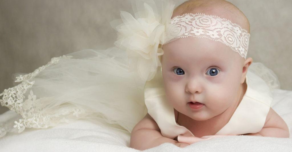 Festliche Babykleidung