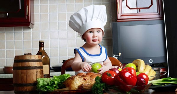 Gefahren in der Küche für Babys und Kinder