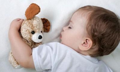 Tipps wie Eltern Schreibabys beruhigen können