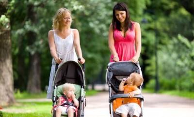 Umstandsmode für junge Mütter