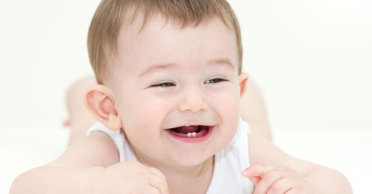 Ab wann Zahnpflege beim Baby?