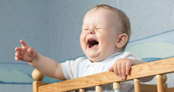 Tipps wenn ein Kind oder ein Kleinkind Bauchschmerzen hat