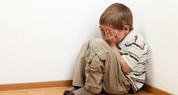 Kind oder Kleinkind bestrafen