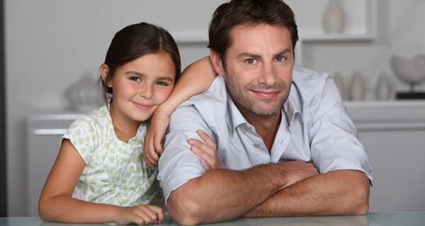 Tipps für Eltern wie das Aufräumen mit Kindern klappt