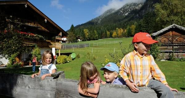 Kinder im Urlaub in Tirol