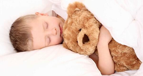 Bettnässen bei Kindern ist auch für Eltern nicht angenehm