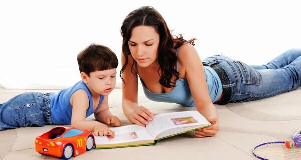 Eltern-Kind-Gruppen fördern die Entwicklung beim Kleinkind