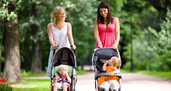 Ein Eltern-Kind-Treff ist für junge Eltern ideal