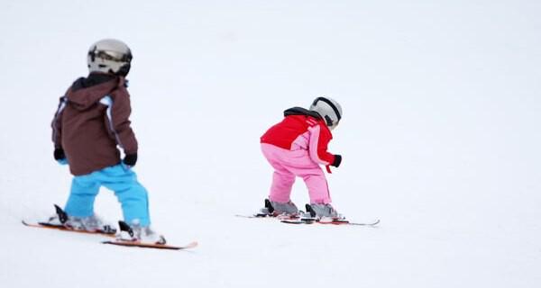Ein Schiurlaub mit Kindern ist auch für Eltern ein grosser Spass