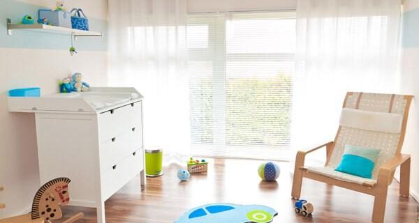 Eltern sind froh wenn sie Tipps erhalten wo sie Windeln und Babyprodukte für ihr Kind günstig einkaufen können