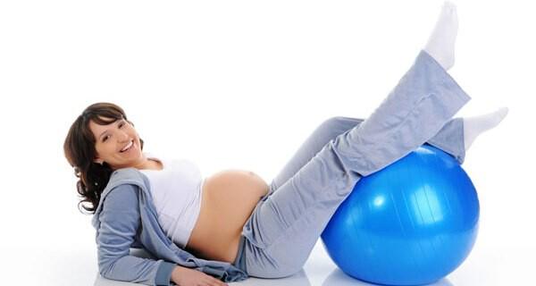 Infos rund um die Pflege der Füße in der Schwangerschaft