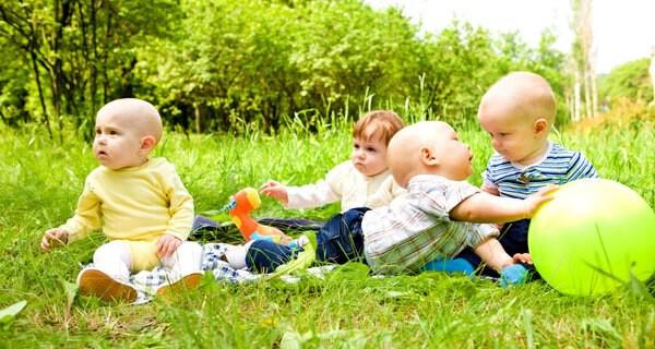 Babybmode für den Sommer und den Urlaub
