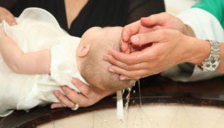 Taufeinladungen: so gestalten Sie individuelle Karten selbst