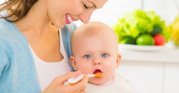 Baby Ernährung im 8. Monat
