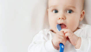 Checkliste Erstausstattung Essen und Baby