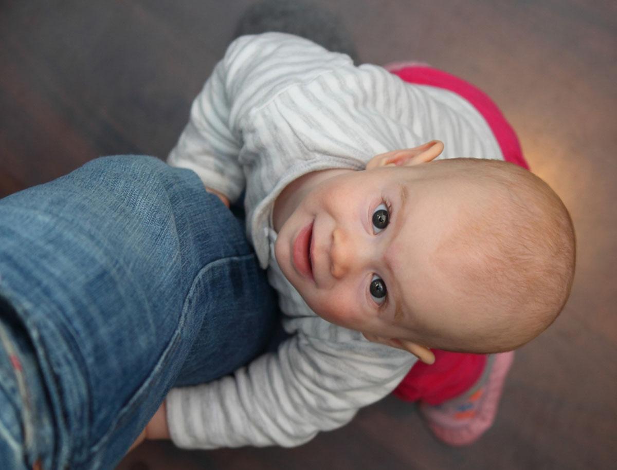 Entwicklung Baby Monat 9