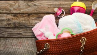 Was gehört in eine Wickeltasche?