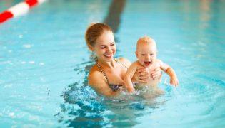 Babyschwimmen – Wasserspaß für die Kleinsten