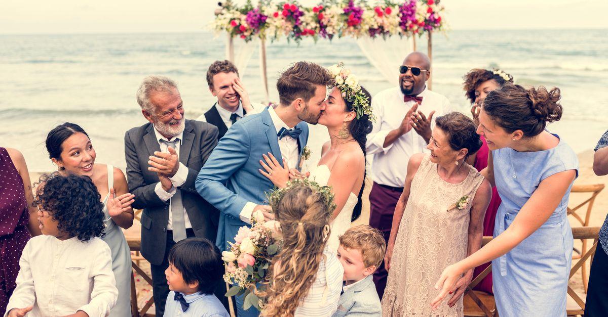 junges Paar Hochzeit
