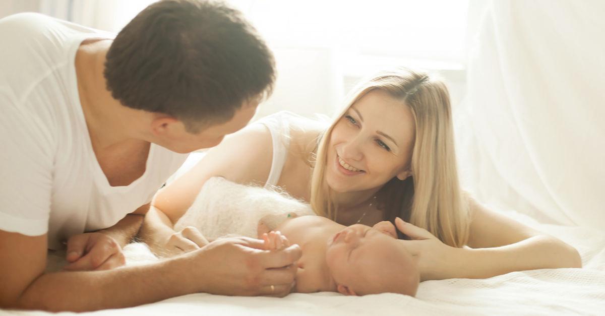 Eltern freuen sich über Kinderbetreuungsgeld