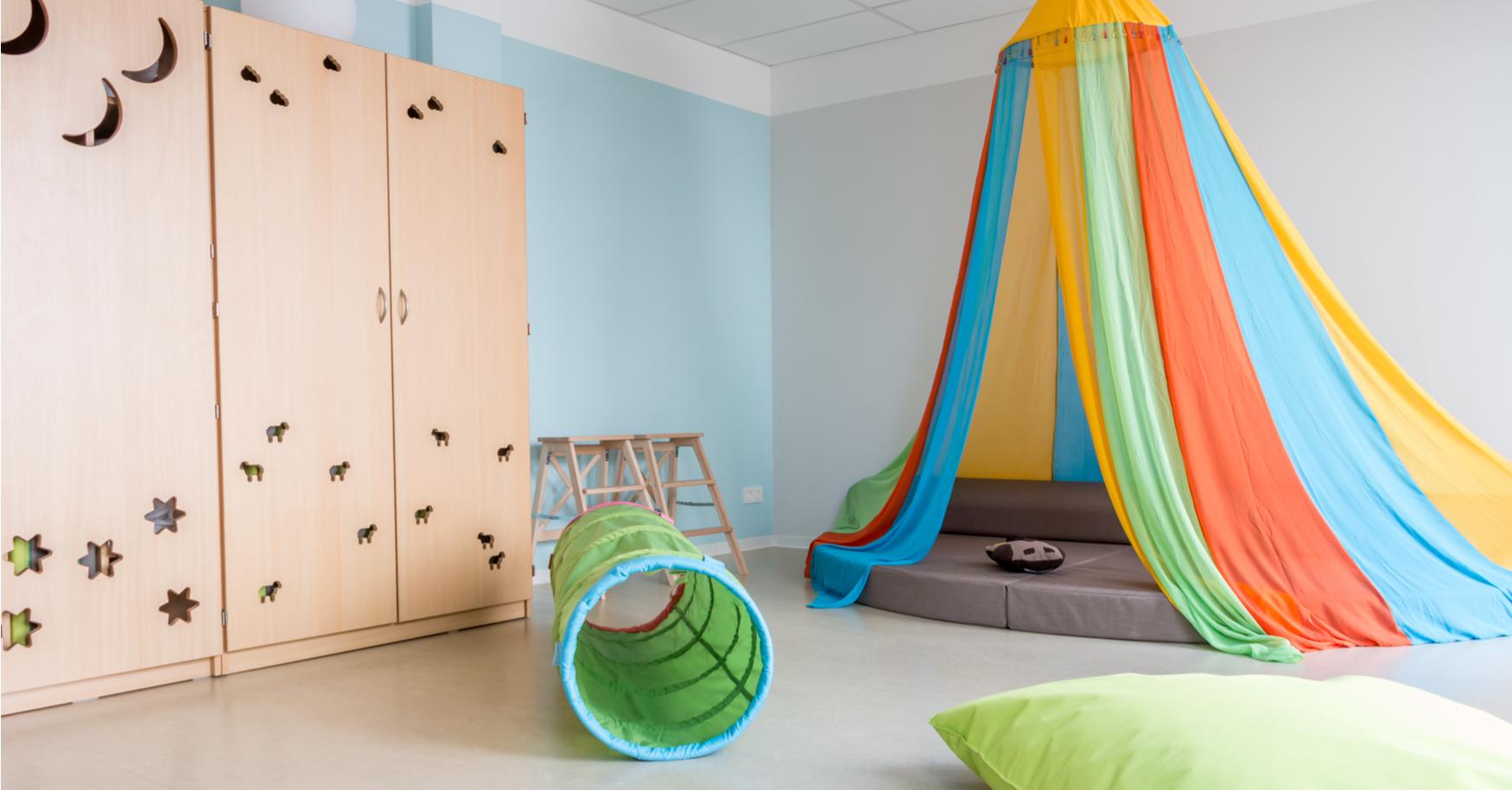 Montessori Kinderzimmer Kleinkind