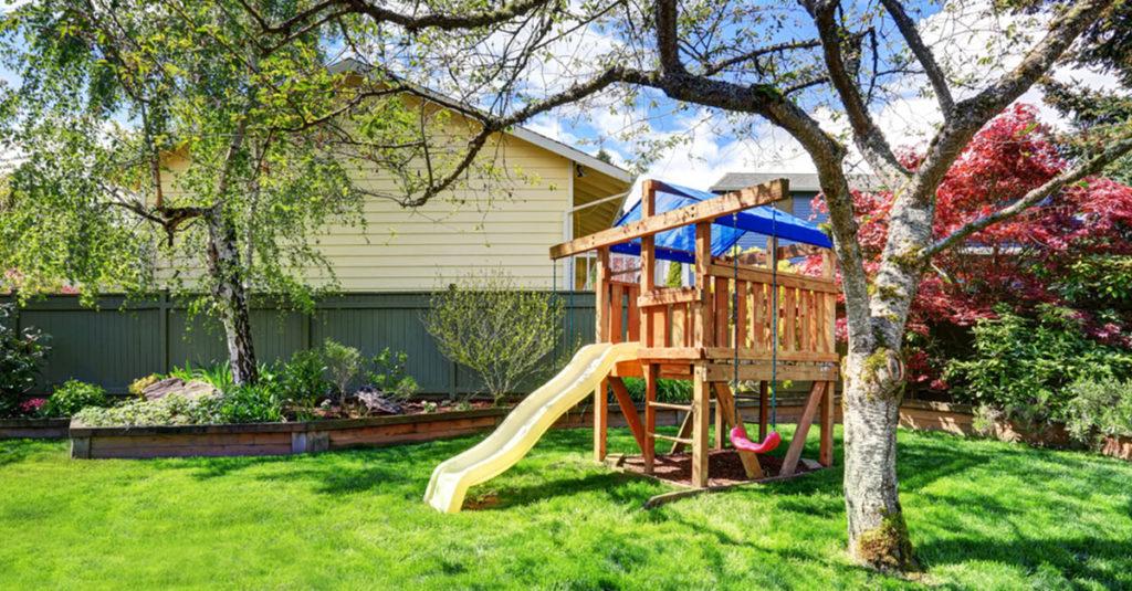 Der eigene Garten als Erlebnisspielplatz