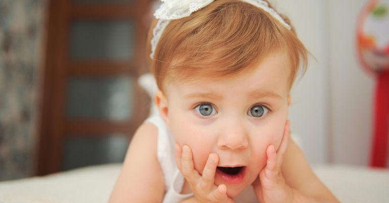 babys lernen durch überraschung