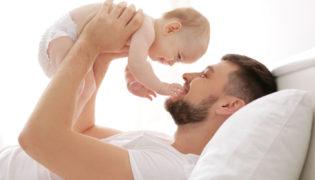 Papa und Baby Aktivitäten