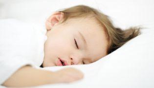 Tipps, damit Ihr Baby auch bei Hitze gut schläft