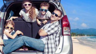 10 Spiele für Kinder für eine Autofahrt oder Bahnfahrt