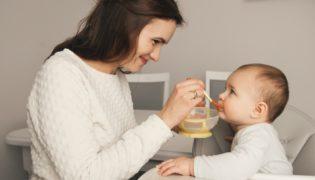 Beikoststart Baby: Zubehör, das Sie bestimmt brauchen