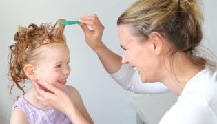 Hausmittel gegen Läusebefall bei Kindern