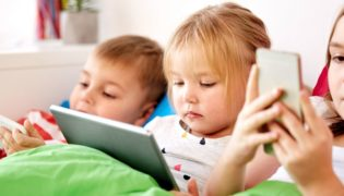 Kontrollieren Sie Ihr Kind im Internet