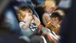 6 Tipps gegen Reiseübelkeit bei Babys und Kleinkindern