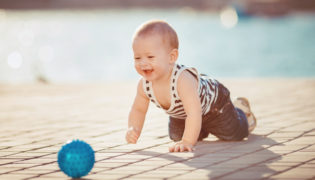 Sommer, Sonne, Spaß - wichtige Tipps für Ihr Baby