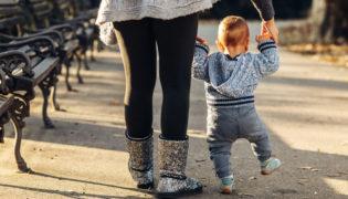 Gleichgewichtssinn bei Baby und Kind fördern