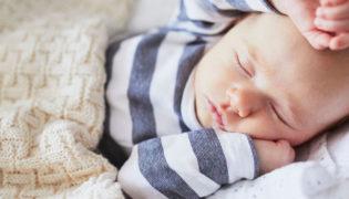 Mein Baby schläft sehr viel